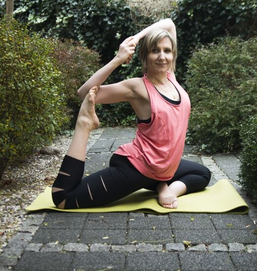 joga online yogamudra